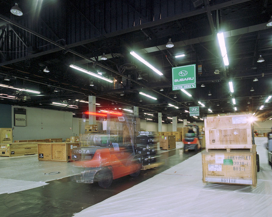 Moving commercial goods in a warehouse